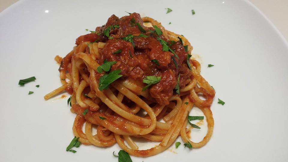 spaghetti tonno e funghi secchi